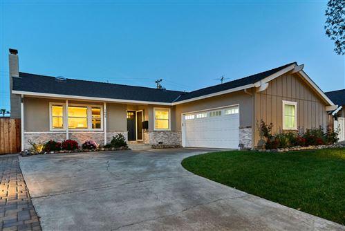 Photo of 1665 Hyacinth LN, SAN JOSE, CA 95124 (MLS # ML81838405)