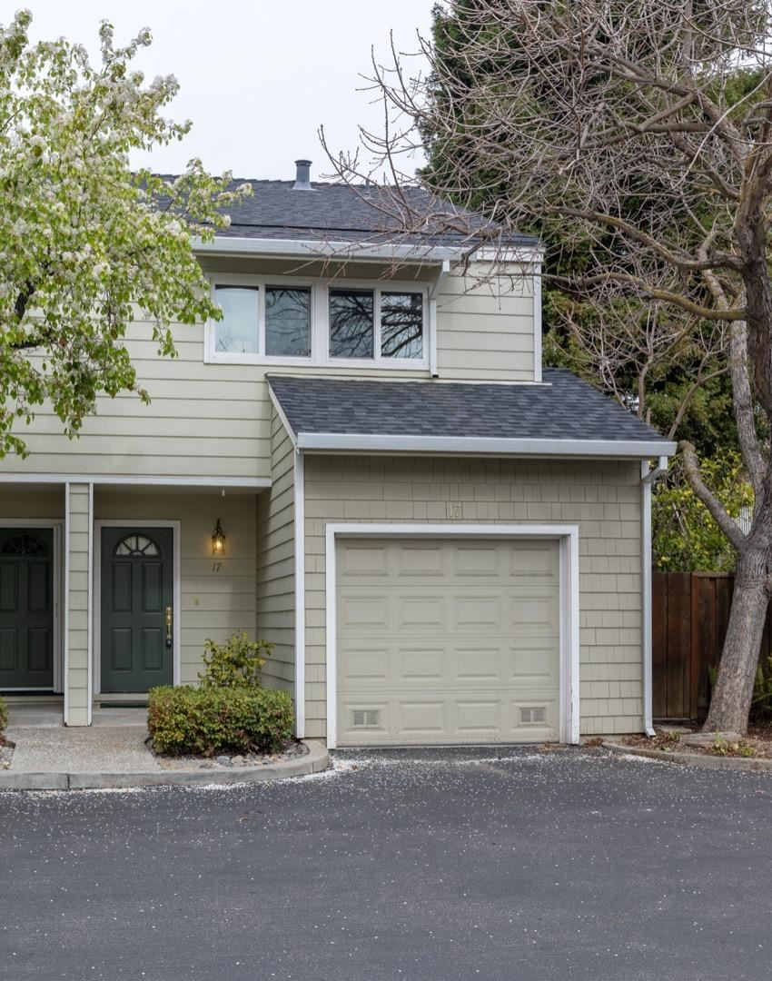 Photo for 181 Ada AVE 17 #17, MOUNTAIN VIEW, CA 94043 (MLS # ML81830406)