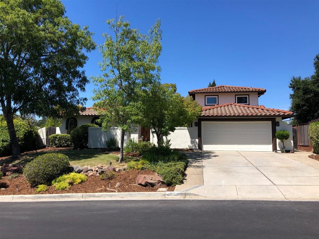 Photo for 17333 Parkside CT, MONTE SERENO, CA 95030 (MLS # ML81763409)