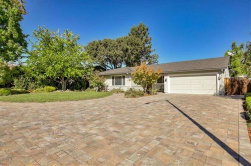 Photo of 312 Westhill DR, LOS GATOS, CA 95032 (MLS # ML81817410)