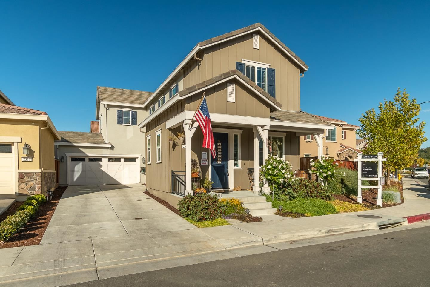 Photo for 2501 Apricot WAY, GILROY, CA 95020 (MLS # ML81820410)