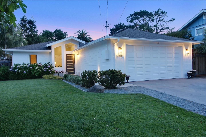 Photo for 16806 Frank Avenue, LOS GATOS, CA 95032 (MLS # ML81861410)