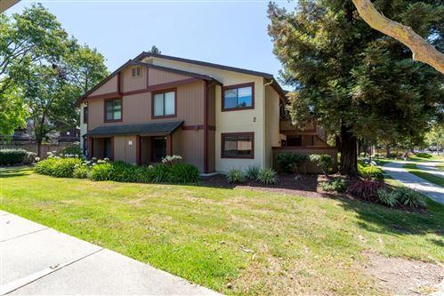 Photo of 243 E Warren CMN, FREMONT, CA 94539 (MLS # ML81799419)