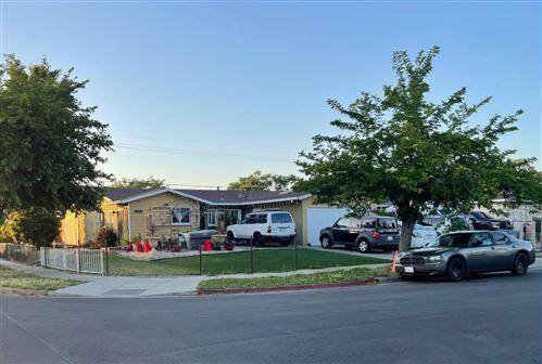 Photo of 1414 June Avenue, SAN JOSE, CA 95122 (MLS # ML81842419)