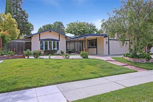 Photo of 139 Meadowbrook Drive, LOS GATOS, CA 95032 (MLS # ML81849423)