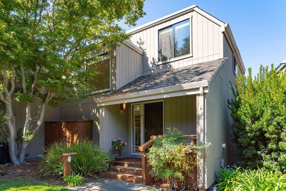 Photo for 39 Woods LN, LOS ALTOS, CA 94024 (MLS # ML81809423)