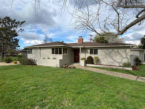 Photo of 2248 Parkwood WAY, SAN JOSE, CA 95125 (MLS # ML81787424)