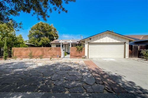 Photo of 5020 Corbin Avenue, SAN JOSE, CA 95118 (MLS # ML81853424)