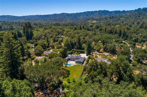 Photo of 315 Grove DR, PORTOLA VALLEY, CA 94028 (MLS # ML81796431)