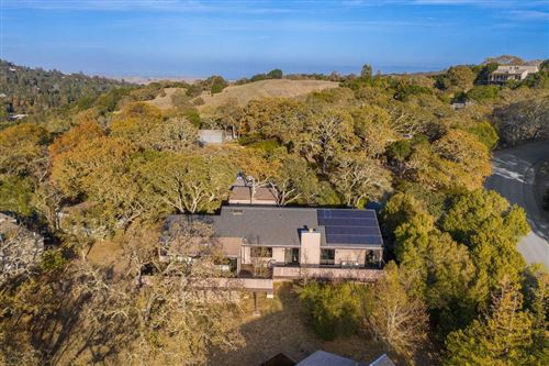 Photo of 5 Quail Court, PORTOLA VALLEY, CA 94028 (MLS # ML81824432)