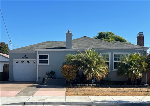 Photo of 21234 Haviland Avenue, HAYWARD, CA 94541 (MLS # ML81867432)
