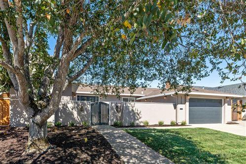 Photo of 2720 Hallmark DR, BELMONT, CA 94002 (MLS # ML81812433)