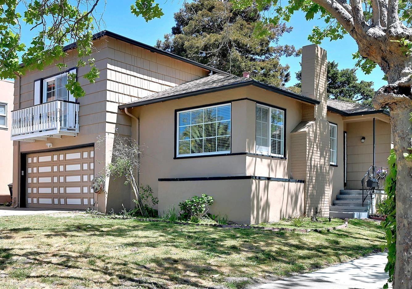 Photo for 541 Hillcrest Boulevard, MILLBRAE, CA 94030 (MLS # ML81842433)