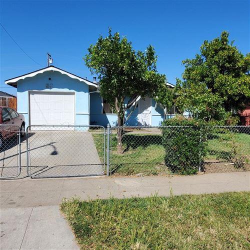 Photo of 2622 Mozart Avenue, SAN JOSE, CA 95122 (MLS # ML81848434)
