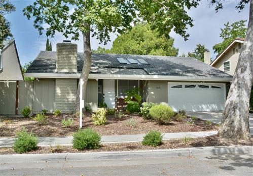 Photo of 7044 Via Serena, SAN JOSE, CA 95139 (MLS # ML81852434)