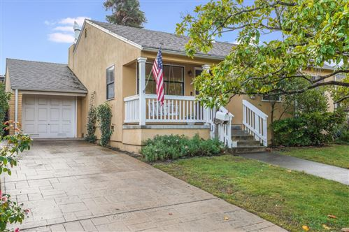 Photo of 1129 Clovelly LN, BURLINGAME, CA 94010 (MLS # ML81820435)