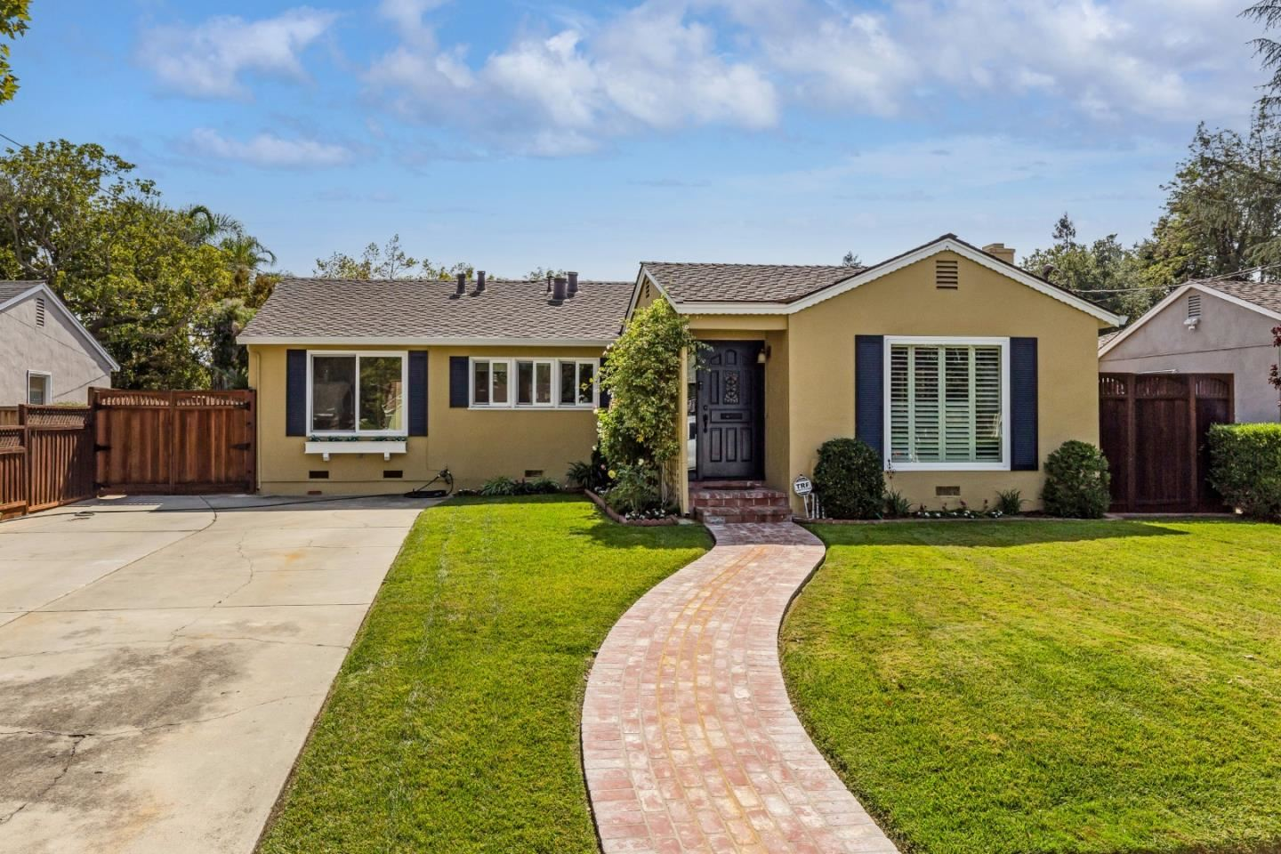 Photo for 1124 Fewtrell Drive, CAMPBELL, CA 95008 (MLS # ML81864435)