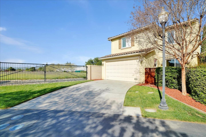 Photo for 7950 English Oak CIR, GILROY, CA 95020 (MLS # ML81831436)