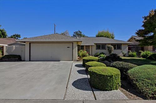 Photo of 635 Giannini Drive, SANTA CLARA, CA 95051 (MLS # ML81867437)