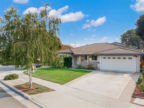 Photo of 464 Bluefield DR, SAN JOSE, CA 95136 (MLS # ML81813439)