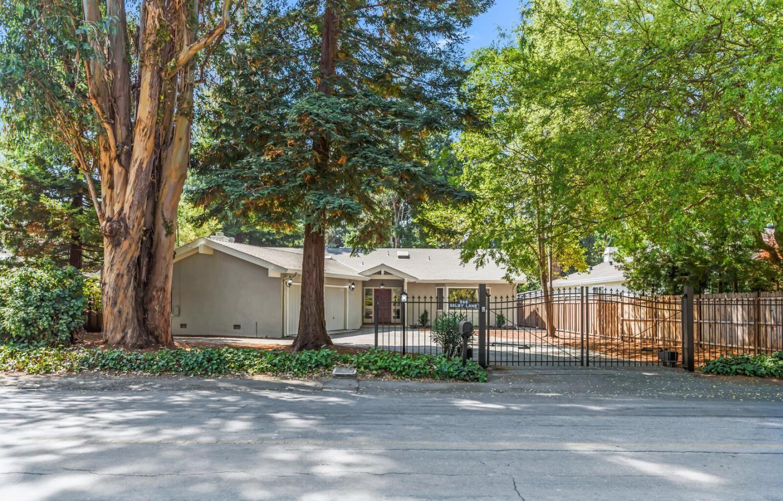 Photo for 266 Selby Lane, ATHERTON, CA 94027 (MLS # ML81862439)
