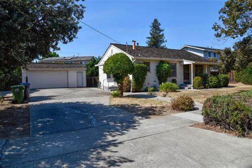 Photo of 1025 Phelps Avenue, SAN JOSE, CA 95117 (MLS # ML81863440)