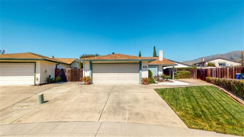 Photo of 765 Flume CT, MILPITAS, CA 95035 (MLS # ML81838443)