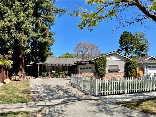 Photo of 2333 Venndale AVE, SAN JOSE, CA 95124 (MLS # ML81837445)