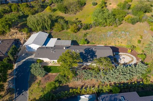 Photo of 292 Quinnhill RD, LOS ALTOS, CA 94024 (MLS # ML81789447)