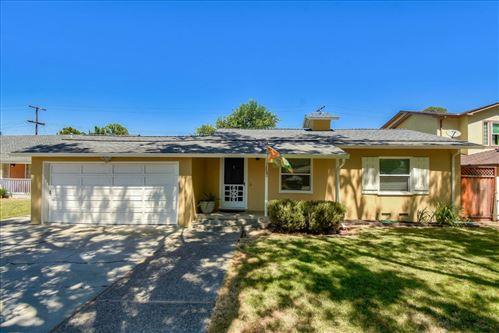 Photo of 1485 Walnut Grove AVE, SANTA CLARA, CA 95050 (MLS # ML81800450)