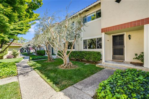 Photo of 436 Sierra Vista Avenue #9, MOUNTAIN VIEW, CA 94043 (MLS # ML81842451)