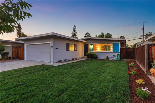 Photo of 2482 Betlo AVE, MOUNTAIN VIEW, CA 94043 (MLS # ML81798452)