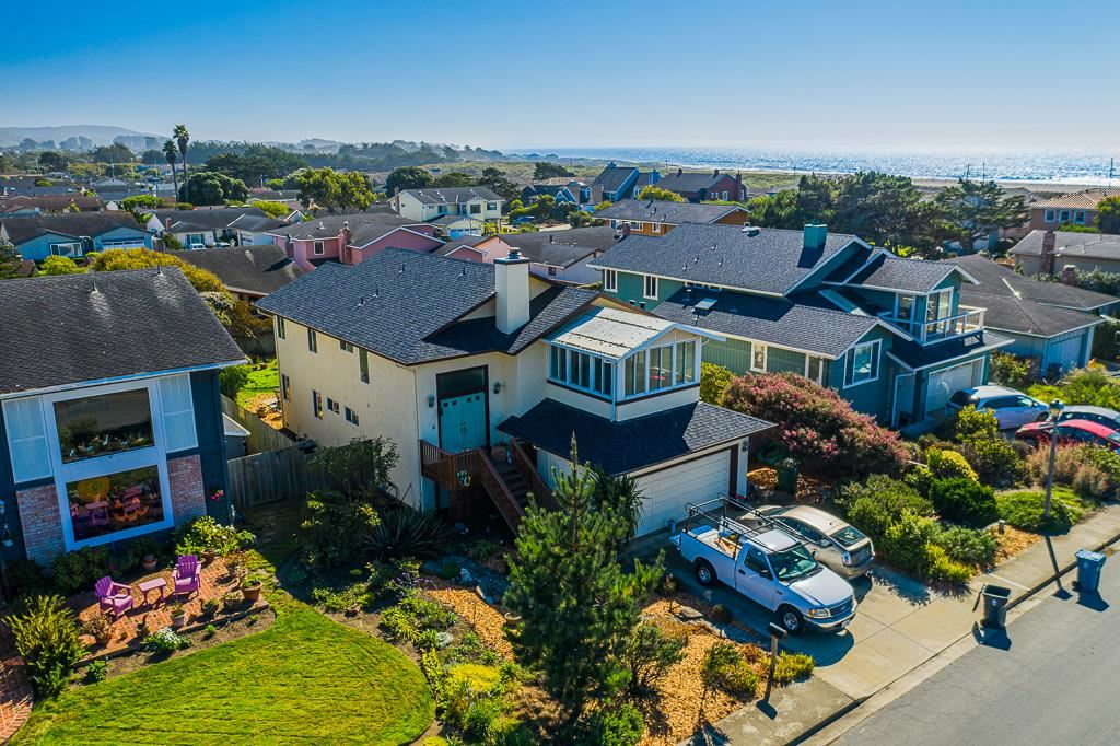 Photo for 407 Wave AVE, HALF MOON BAY, CA 94019 (MLS # ML81815452)