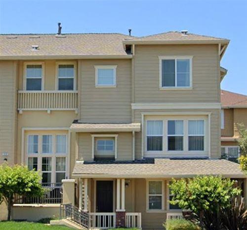 Photo of 222 Hartstene Drive, Redwood Shores, CA 94065 (MLS # ML81853453)