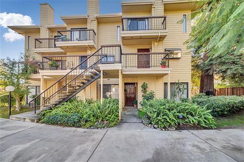 Photo of 441 Northlake DR 38 #38, SAN JOSE, CA 95117 (MLS # ML81821455)