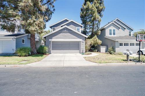Photo of 30 Waterside Circle, Redwood Shores, CA 94065 (MLS # ML81847455)