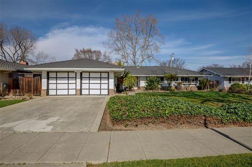 Photo of 5267 Rhonda DR, SAN JOSE, CA 95129 (MLS # ML81830459)