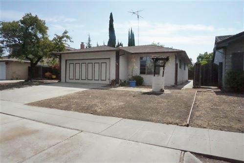 Photo of 5908 Sorrel Avenue, SAN JOSE, CA 95123 (MLS # ML81856465)