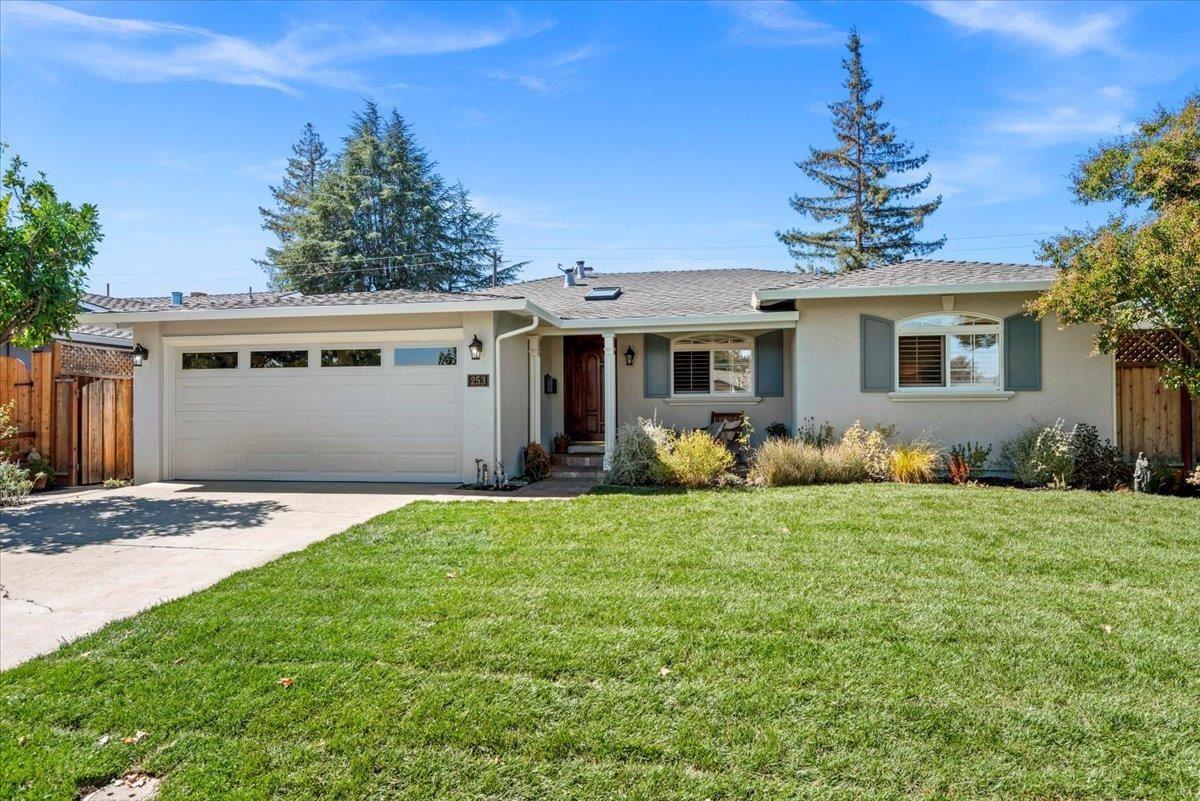 Photo for 253 Barbara Drive, LOS GATOS, CA 95032 (MLS # ML81859467)