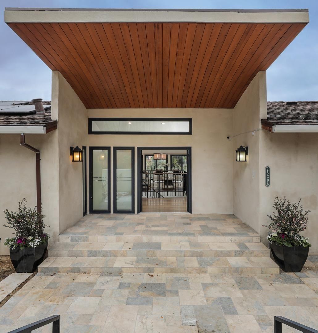 Photo for 25396 La Loma DR, LOS ALTOS HILLS, CA 94022 (MLS # ML81828468)