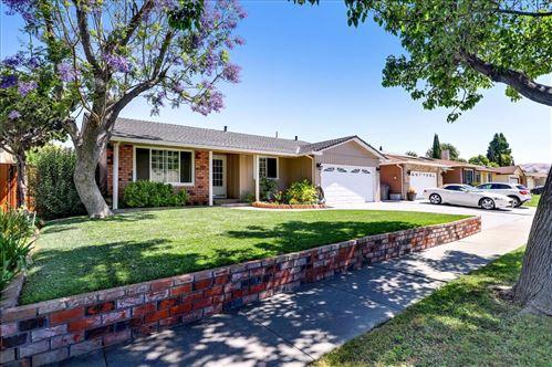 Photo of 111 Cherry Blossom Drive, SAN JOSE, CA 95123 (MLS # ML81848470)