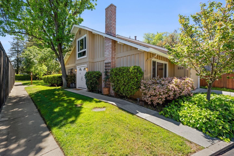 Photo for 114 Peach Willow Court, LOS GATOS, CA 95032 (MLS # ML81841470)