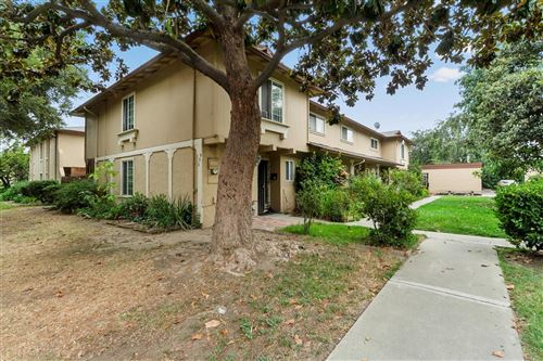 Photo of 940 Bellhurst AVE, SAN JOSE, CA 95122 (MLS # ML81812471)