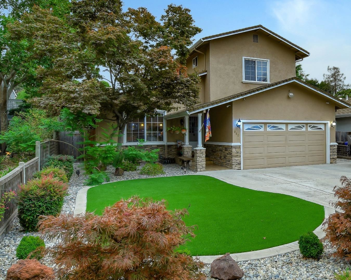 Photo for 940 Hazel AVE, CAMPBELL, CA 95008 (MLS # ML81810471)