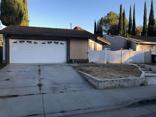Photo of 114 Southview CT, SAN JOSE, CA 95138 (MLS # ML81772473)