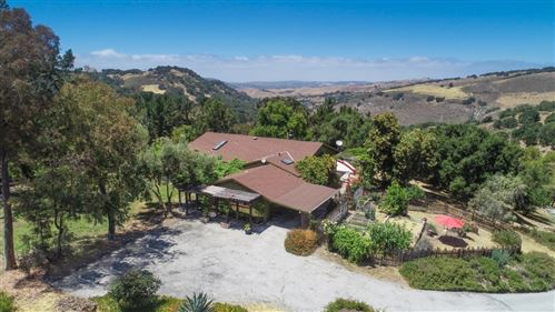 Photo of 28009 Mesa De Tierra RD, SALINAS, CA 93908 (MLS # ML81799473)