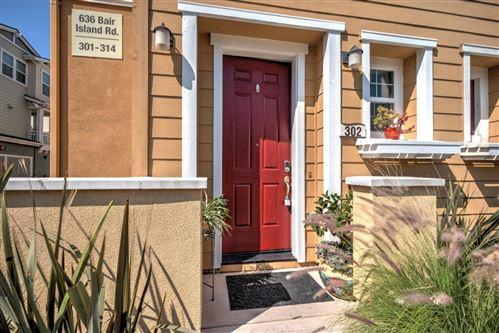 Photo of 636 Bair Island RD 302 #302, REDWOOD CITY, CA 94063 (MLS # ML81804473)