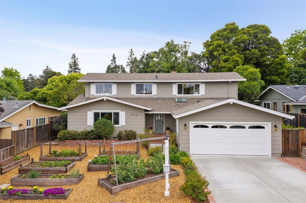 Photo for 932 Pleasant Hill RD, REDWOOD CITY, CA 94061 (MLS # ML81752474)