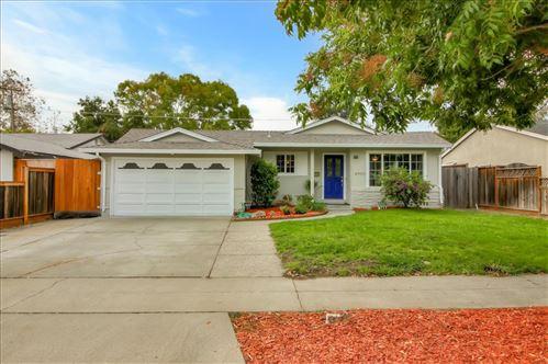 Photo of 4950 Kingston WAY, SAN JOSE, CA 95130 (MLS # ML81809475)