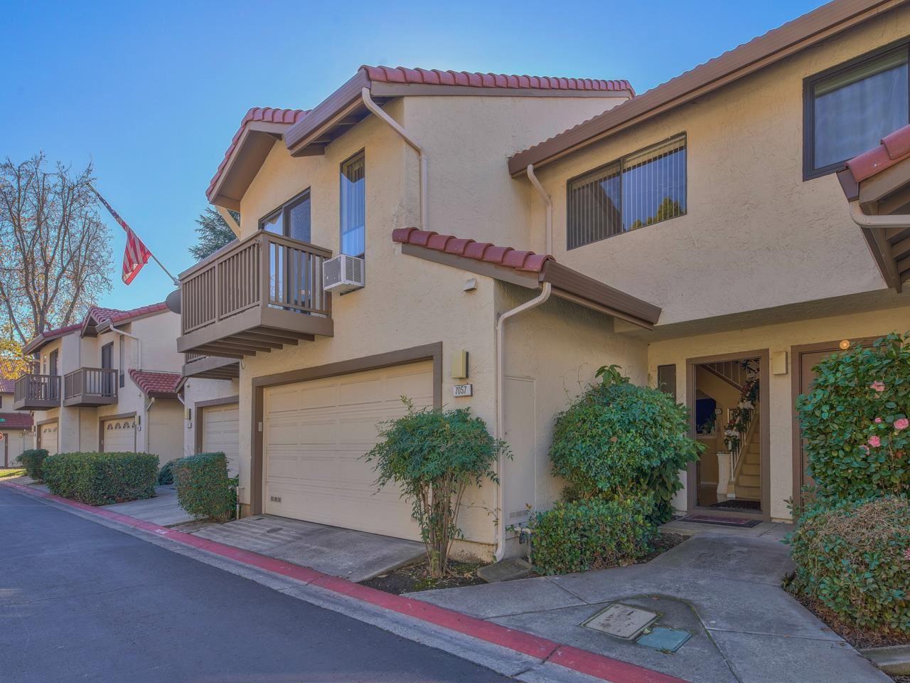 Photo for 7057 Mount Vernon WAY, GILROY, CA 95020 (MLS # ML81824475)